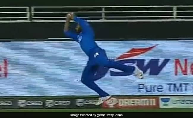Ajinkya Rahane with a superb save at the boundary to deny Tewatia what was a certain SIX