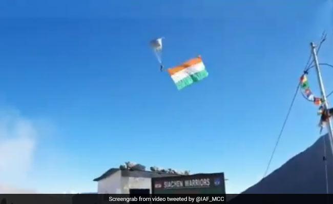 IAF Sets New Record Of Highest Skydive Landing At Khardungla Pass In Leh