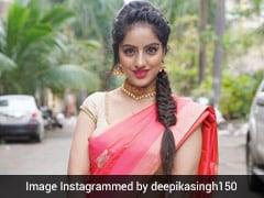 दीपिका सिंह ने सड़क पर खड़े होकर कराया फोटोशूट, यूं सेलिब्रेट कर रहीं नवरात्रि- देखें Photos