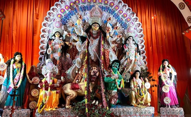 Bengal Puja Pandals No-Entry Zones For Visitors: Calcutta High Court