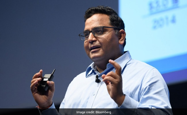 Paytm CEO Posts 'Move on to Signal Now', Says Facebook and WhatsApp Abusing Monopoly