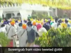 Clashes Break Out Between Top Sikh Body, Others During Protests In Punjab