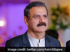 Imran Khan's Top Aide Steps Down Amid Corruption Allegations