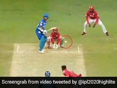 IPL 2020: हारकर भी हीरो बने Shikhar Dhawan, ताबड़तोड़ जड़े छक्के, बनाया धुआंधार शतक - देखें Video