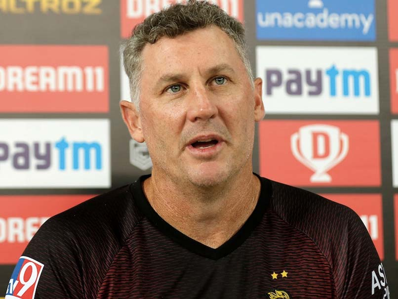 IPL 2020, CSK vs KKR: David Hussey Optimistic That Kolkata Knight Riders Can Reach Playoffs