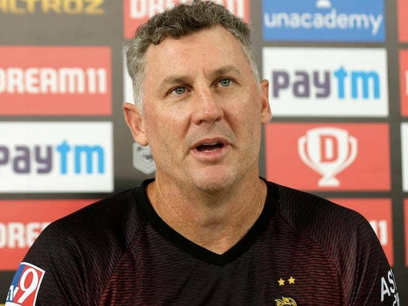 IPL 2020, CSK vs KKR: David Hussey Optimistic That Kolkata Knight Riders Can Reach Playoffs