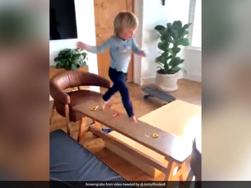 """""""Cuteness Overloaded"""": Jonty Rhodes 3-Year-Old Son Nathan Warms For KXIP vs RR Game With Obstacle Course"""