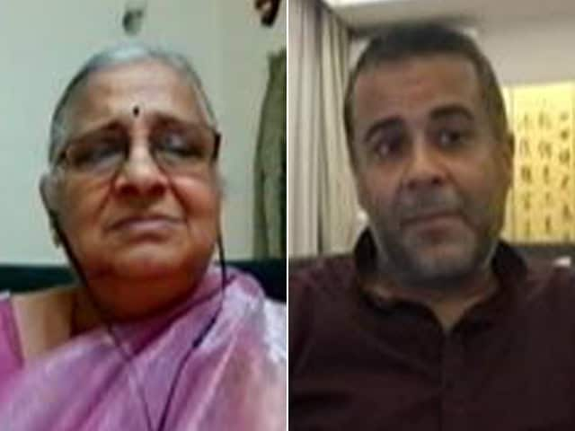 Video : Everyone Should Do Their Bit For Social Work: Sudha Murty To Chetan Bhagat