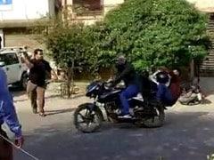 लुधियाना में लूट कर भाग रहे तीन बदमाश दबोचे गए, भीड़ ने जमकर की धुनाई