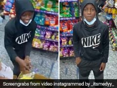 Boy Had Five Seconds To Take What He Wants From Store. Netizens Love What He Chose