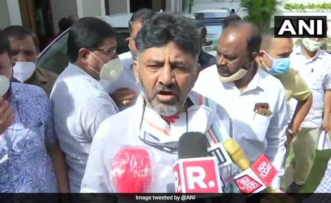 Shivakumar, Siddaramaiah Lead Karnataka Congress Protest Against Fuel Price Hike