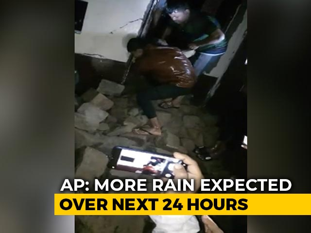 Video : 2-Month-Old Among 9 Dead In Wall Collapse As Rain Batters Hyderabad