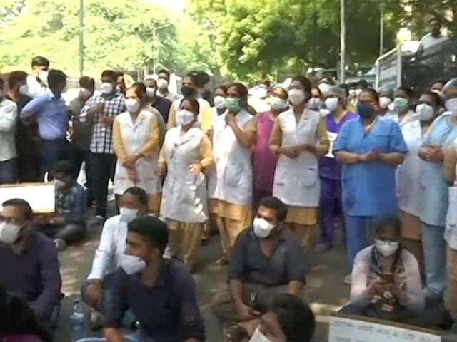 Video : Pay Us Or We Stop Work, Warn Covid Warriors At Delhi's Hindu Rao Hospital
