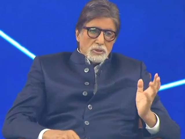Video : Campaign Ambassador Amitabh Bachchan Lauds The Healthcare Workers Fighting COVID-19