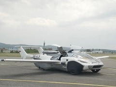 This Car Transforms Into An Airplane In 3 Minutes