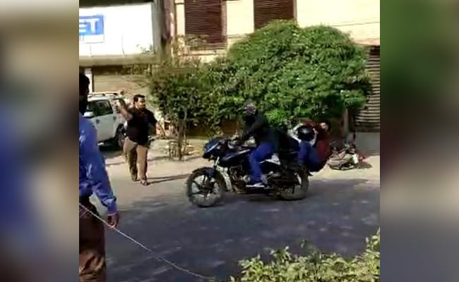 Nervous Robbers Slip While Escaping, Get Caught, Beaten In Ludhiana: Cops