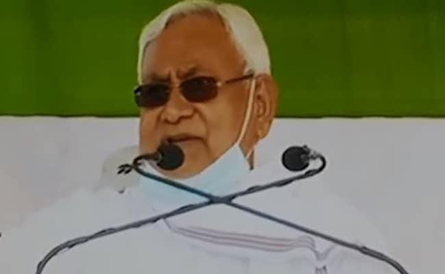 बिहार चुनाव: नीतीश कुमार ने चेताया- थोड़ी भी चूक होगी तो पुराना समय वापस आ जाएगा