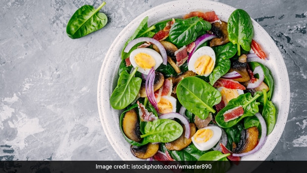 "Boiled Egg <i>Chaat</i>: The <i>Desi</i> Recipe That Combines Weight Loss With Good Taste"" align=""left"" /></p> <p>Boiled Egg <em>Chaat</em> is the yummiest recipe to eat while shedding kilos.</p> <p>Highlights</p><div class="