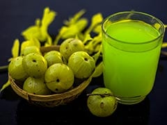World Sight Day 2020: How To Make Vitamin-Rich <i>Amla</i>-Coriander Juice For Good Eyesight