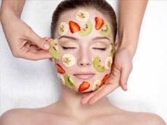 Fruit Face Pack For Acne: मुंहासे हटाने के लिए ट्राई करें ये 5 DIY फ्रूट फेस पैक