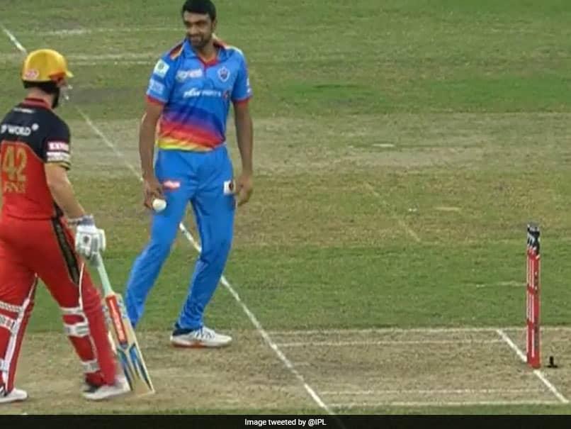IPL 2020, RCB vs DC: Ravichandran Ashwin Stops Short Of Mankading Aaron Finch. Watch