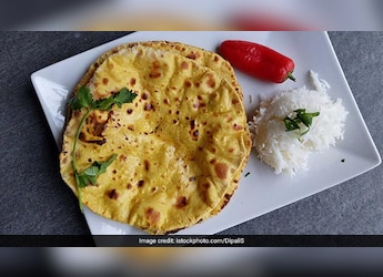Bored Of Your Regular Phulkas? Give Them A Colorful Twist With Celebrity Chef Saransh Goila's Recipe