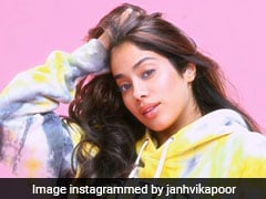 Actor Janhvi Kapoor, Shooting In Punjab, Faces Farmers' Protest
