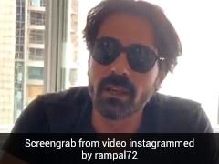 अर्जुन रामपाल शूटिंग से पहले करवा रहे थे रूटीन चेकअप तभी शख्स के मुंह पर मारी छींक और फिर...देखें VIDEO