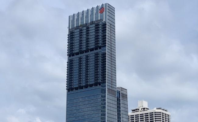 अब्जाधीश जेम्स डायसनने सिंगापूरचे सर्वात लोकप्रिय 'सुपर पेंटहाउस' विकले