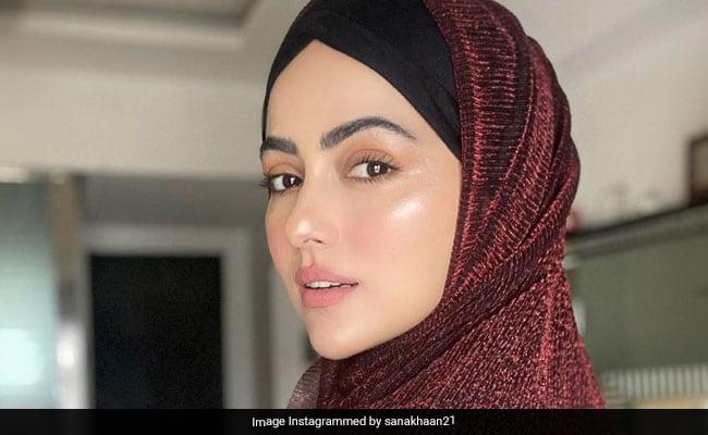 'My Happiest Moment': Bigg Boss Alumnus Sana Khan Quits Showbiz