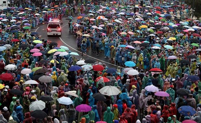 'डाउन विद हुकूमशाही': थायलंडमध्ये हजारोंचा निषेध