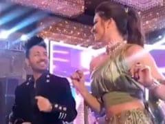नेहा कक्कड़ की शादी में जमकर थिरकीं उर्वशी रौतेला, टोनी कक्कड़ ने शेयर किया Video