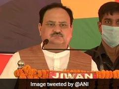 बिहार: गया में जेपी नड्डा की चुनावी सभा में सोशल डिस्टेंसिंग की जमकर उड़ी धज्जियां