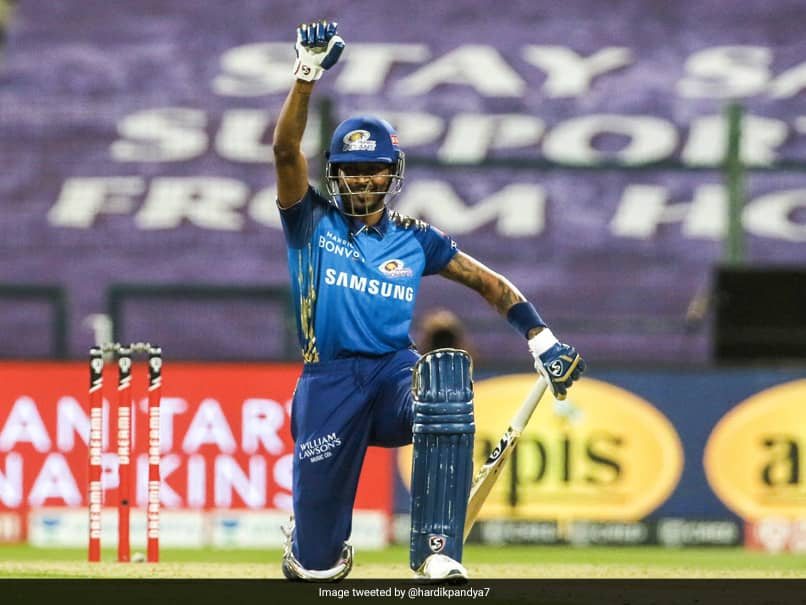 IPL 2020, RR vs MI: Hardik Pandya Takes A Knee In Solidarity With Black Lives Matter Movement