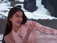 <i>Mohabbatein</i> Memories: How <i>Saree</i>-Clad Aishwarya Rai Bachchan Shot In Freezing Cold Without Complaint