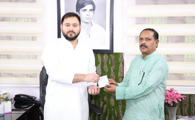 Bihar BSP President Quits Party, Joins Rashtriya Janata Dal