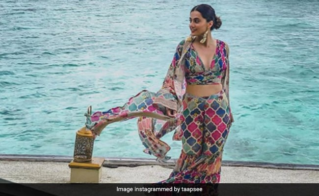 This Celeb Is Crushing On Taapsee Pannu's Vacation Wardrobe And So Are We