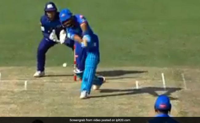 DC vs MI: राहुल चाहर ने शेन वार्न की तरह पिच पर घुमाई गेंद, श्रेयस अय्यर हुए स्टंप..देखें VIDEO