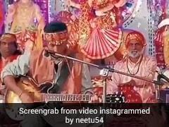 Ranbir Kapoor माता की चौकी के सामने यूं भजन गाते दिखे, मम्मी नीतू कपूर ने शेयर किया Video