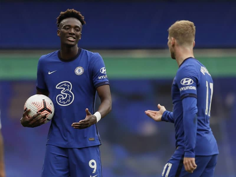 "Englands Tammy Abraham, Jadon Sancho ""Flout"" Coronavirus Rules At Party"