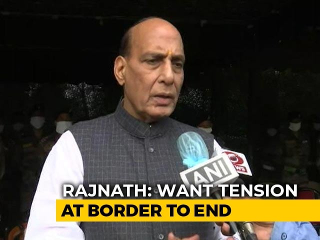 """Video : """"Want Tension At Border To End"""": Rajnath Singh After """"Shastra Puja"""""""