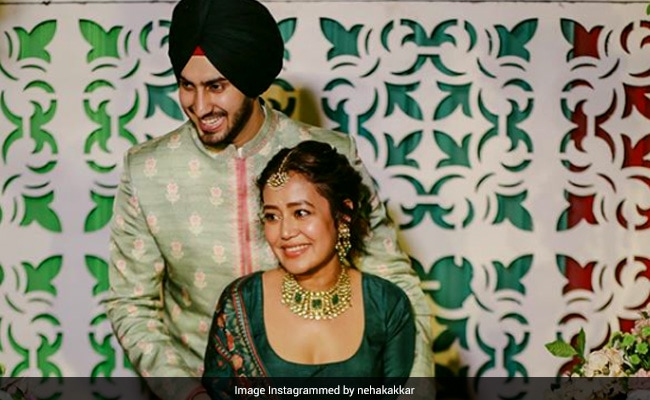Inside Neha Kakkar And Rohanpreet Singh's Mehendi Ceremony. See Pics