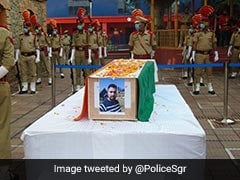 Hundreds Join Funeral Prayers For Cop Who Died Saving BJP Leader In J&K