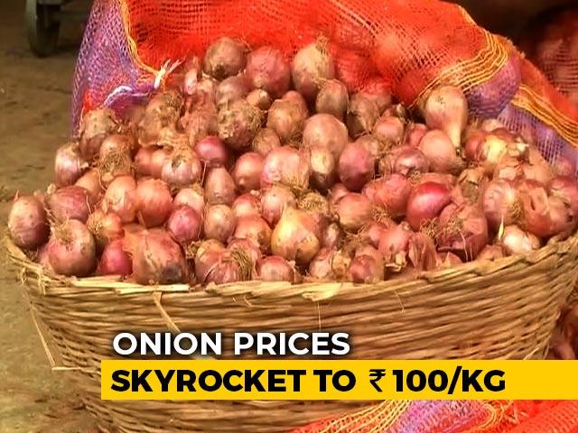 Video : Onion Prices Soar In Kerala, Chennai, Mumbai, Nashik