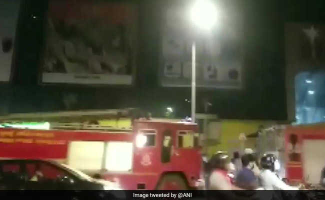 Photo of Fire Breaks Out In Mumbai Mall; No Casualties