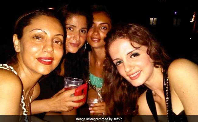 On Gauri Khan's Birthday, Sussanne Posts Pic Of A Bunch Of 'Happy Souls'