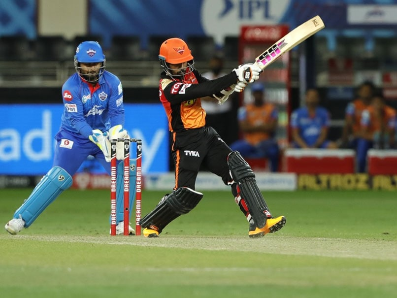 IPL 2020: David Warner Told Me To Play Freely, Says SunRisers Hyderabad Batsman Wriddhiman Saha