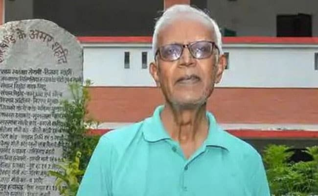 Activist Stan Swamy, 83, gets a sipper in prison after almost a month of straw