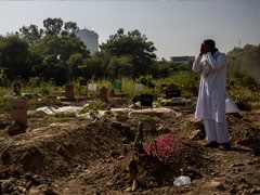 Delhi's Biggest Graveyard Runs Out Of Burial Space Amid Rise In Covid Deaths