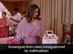 हिना खान ने अपने इंस्टाग्राम पर 1 करोड़ फॉलोअर्स किए पूरे, फैमिली के साथ केक कटिंग करके किया सेलिब्रेट